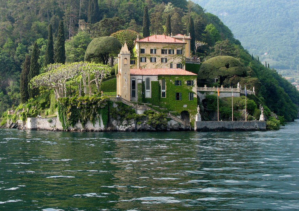 View of Villa del Balbianello from the Water Taxi