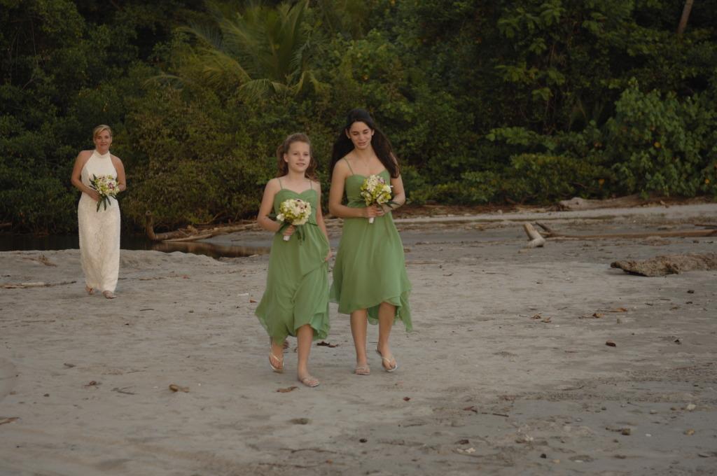 The Wedding at Manuel Antonio Beach