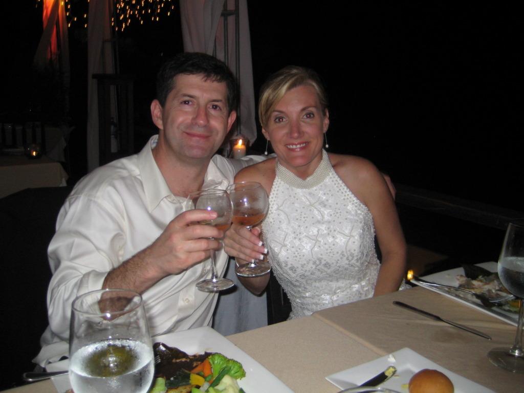 Wedding Dinner Toast at Si Como No Restaurant
