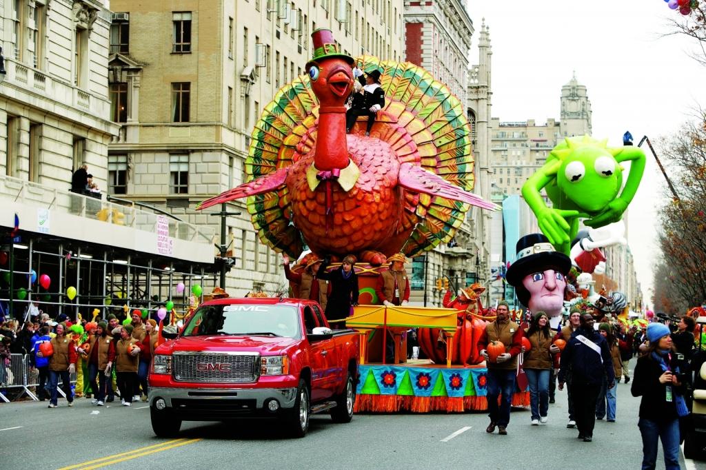 Turkey-in-the-MAcys-thanksgiving-parade