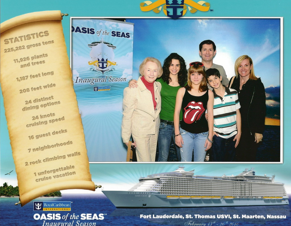 Family portrait on Oasis of the Seas