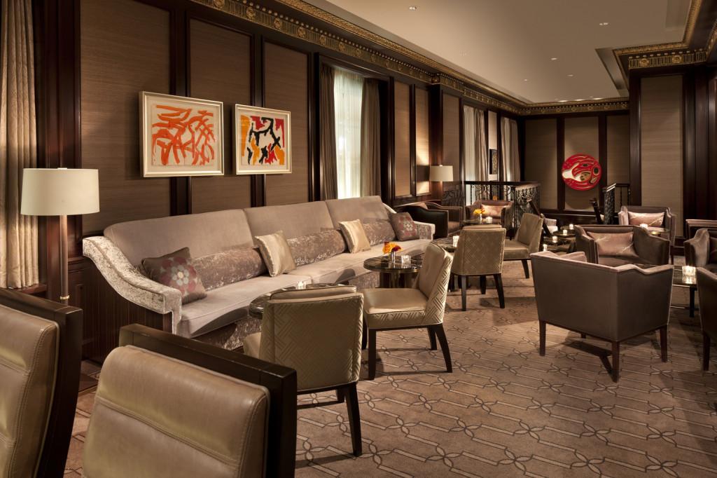 barlounge1927 Lobby Lounge seating area (photo credit: Rosewood Hotel Georgia)