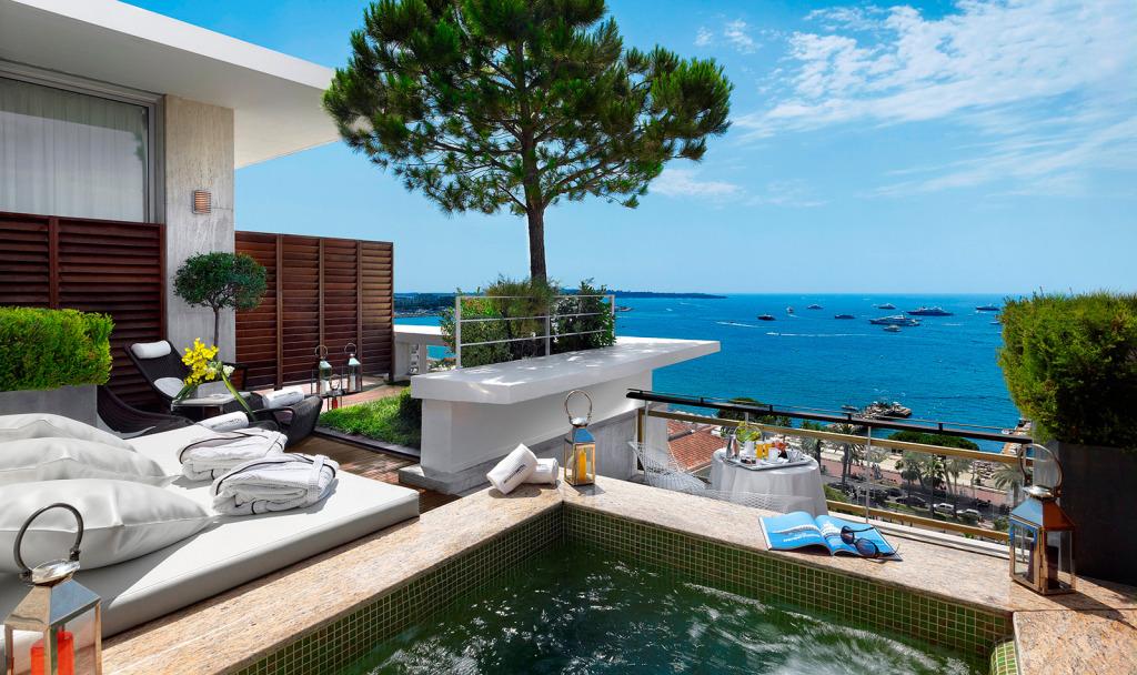Penthouse Suite at Grand Hyatt Cannes Hotel Martinez
