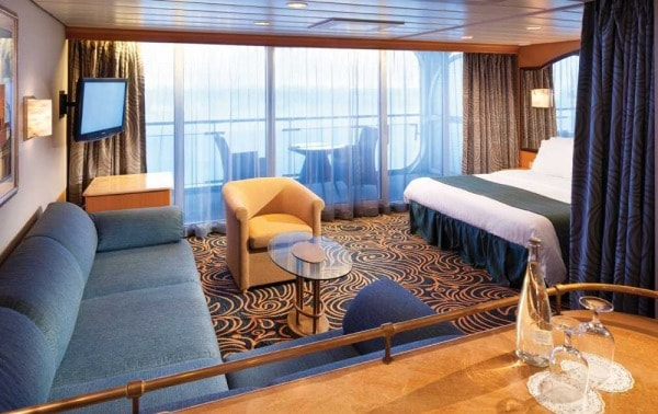 Splendour of the Seas - Junior Suite with Balcony