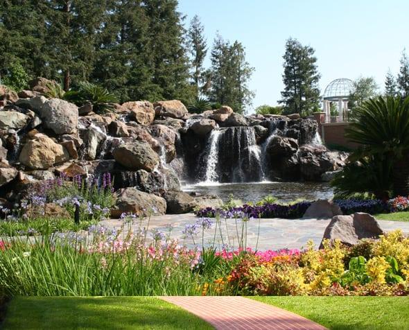 Four Seasons Hotel Westlake Village - Waterfall
