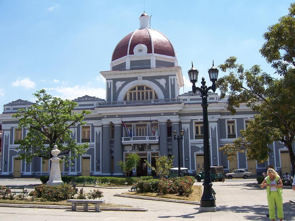 Parque Jose Marti, Palacio de Gobierno, Cienfuegos, Cuba