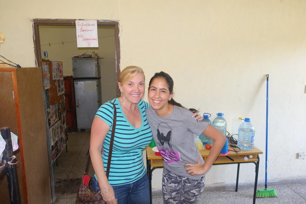 """Dropping of my cousin  La Universidad Central """"Marta Abreu"""" De Las Villas, Santa Clara, Cuba"""
