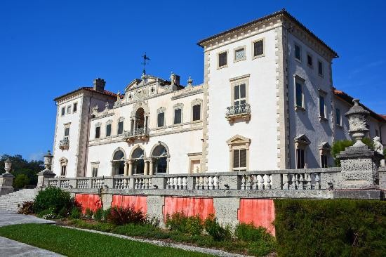 View facing Biscayne Bay of Vizcaya Museum and Garden, Miami