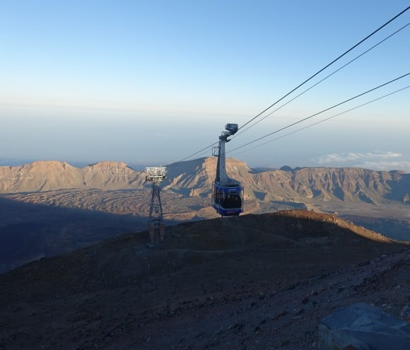 The Teide Cable Car heading up to the upper cable car station.