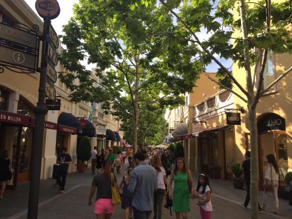 Las Rojas Village Madrid