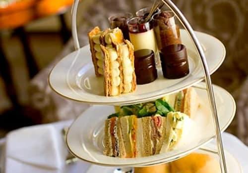 The Shelbourne Dublin, A Renaissance Hotel - Lord Mayor Lounge Tea Time