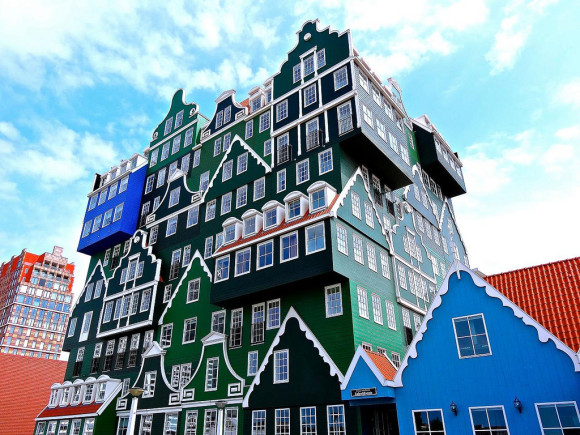 Inntel Hotel Amsterdam Zaandam (photo from flickr - kenlee)