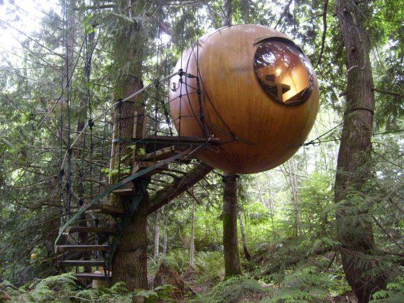 Free Spirit Spheres (photo by: Glen Korstrom)