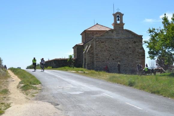 Camino de Santiago Bike Tour (Image Source: Echelon Cycling Tours)