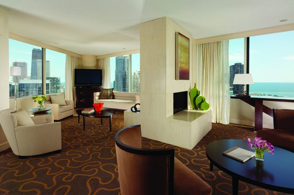 Swissotel Chicago Presidential Suite (image: Swissotel)
