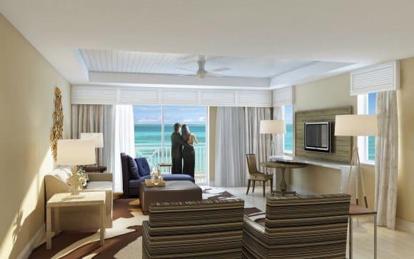 Playa Largo Resort & Spa - Corner Guest Living Room