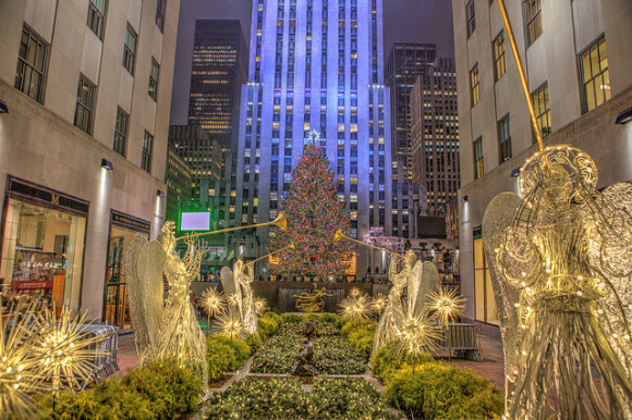 Rockefeller Center Christmas Tree Lighting (Photo Flickr: Anthony Quintano)