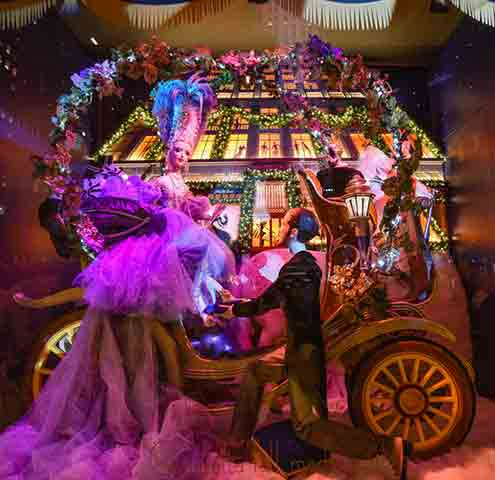 Saks Fifth Avenue An Enchanted Experience Cinderella (Photo: SaksPov)
