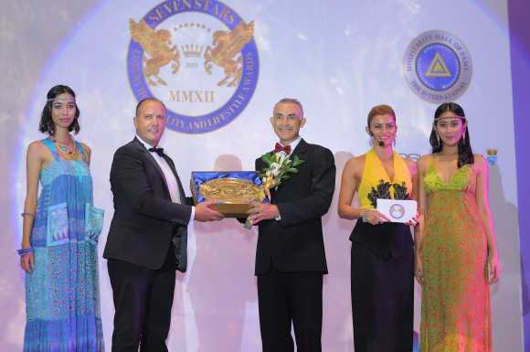 Thanos Liontos, Mr Alexander Jovanovic, Ms Ece Vahapoglu Prince Massimiliano della Torre e Tasso,Andreas Bestler-CEO Poshberry, Ms Ece Vahapoglu Mr Alexander Jovanovic-GM Trans Resort Bali(Image courtesy of Seven Stars Luxury Hospitality and Lifestyle Awards)