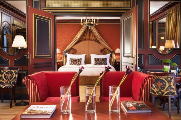 Suite at InterContinental Bordeaux – Le Grand Hotel (Image: IHG)