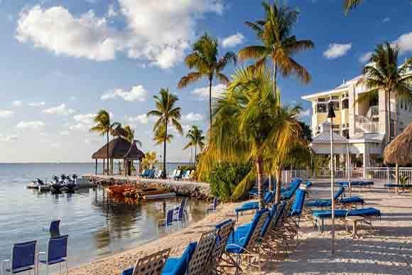 Beach area photo courtesy of Key Largo Bay Marriott Resort