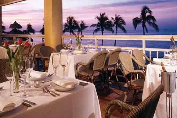 Gus' Grill photo courtesy of Key Largo Bay Marriott Resort