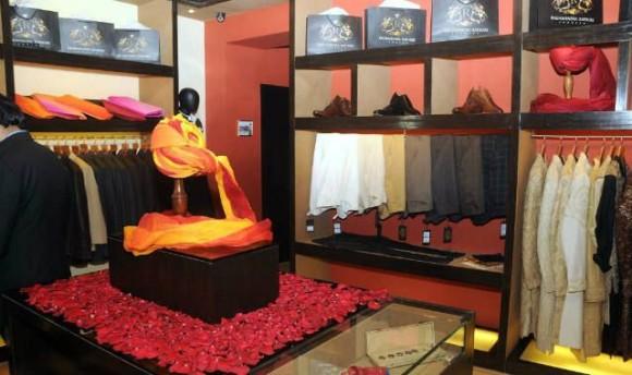 Raghavendra Rathore Store in Kolkata