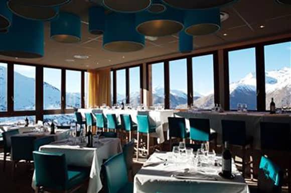 Club Med Les DeuxAlpes France (Image: Iglu Ski)