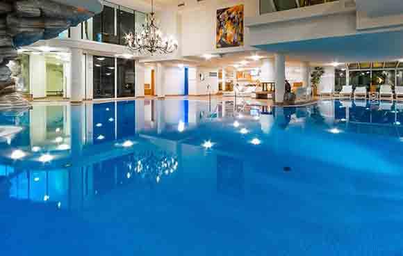 Ferienart Resort Spa (Image: www.ferienart.ch)