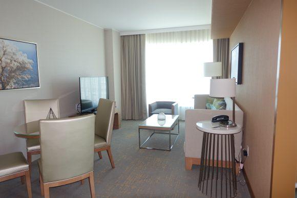 The Westin DIA - Junior Suite Living Area