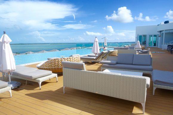 Resorts World Bimini - Infinity Pool / Monkey Bar