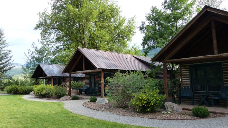 Smith Fork Cabins