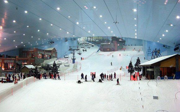 Ski Slope inside Mall of the Emirates - Dubai