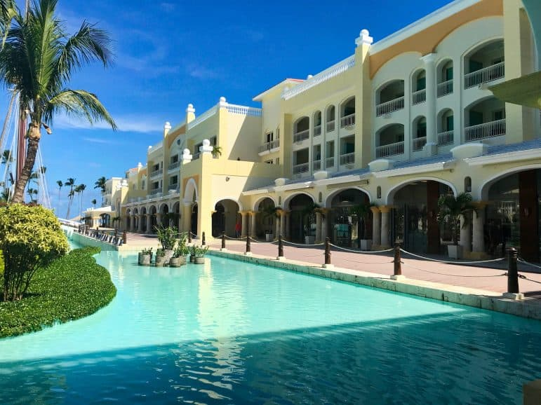 Iberostar Grand Hotel Bavaro Punta Cana - Shops and Restaurants
