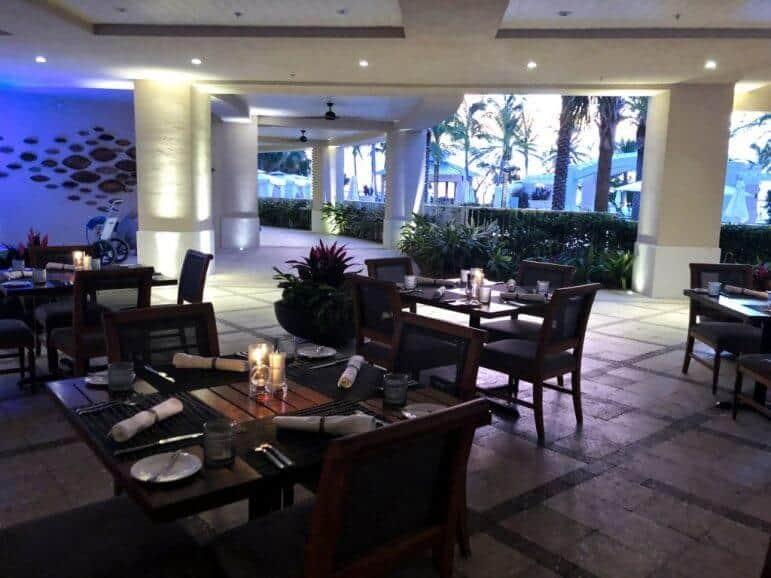 La Marea Exterior Seating Area - Playa Largo Resort & Spa, Key Largo