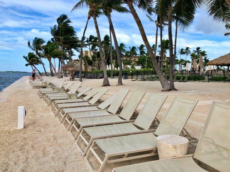 Amara Cay Resort Islamorada - Beach Lounge Chairs