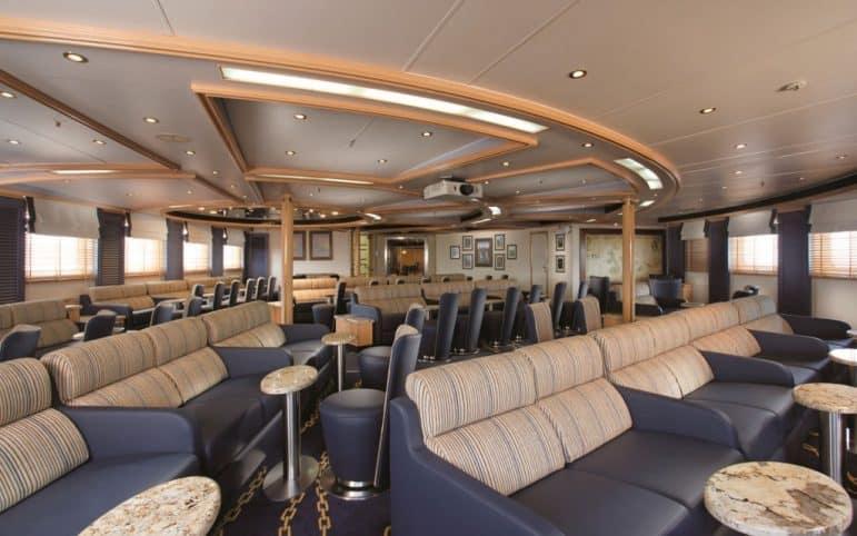 Explorer Lounge - photo credit Silver Galagagos