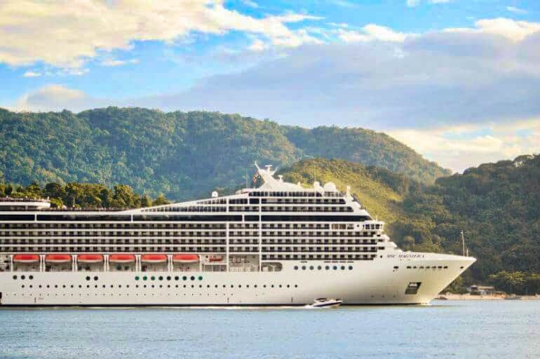 Find The Best Holiday Cruise Deals with Avoya Travel