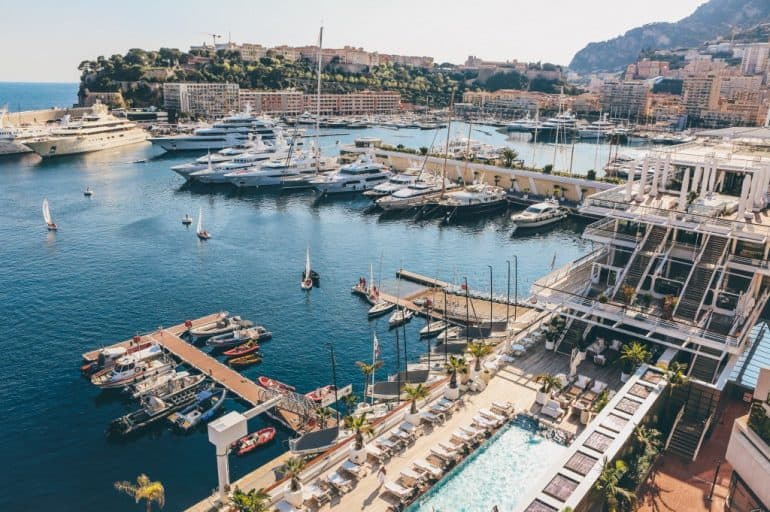 Best Restaurants Accessible With a Yacht in the Med