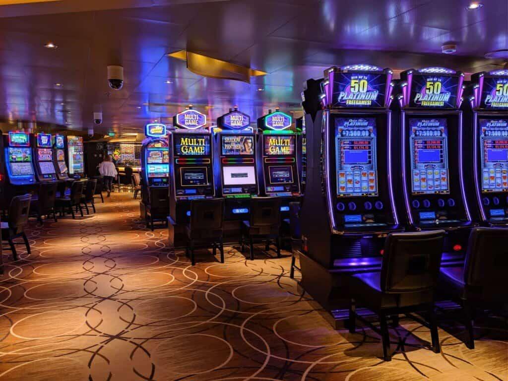 Casino - Holland America MS Koningsdam