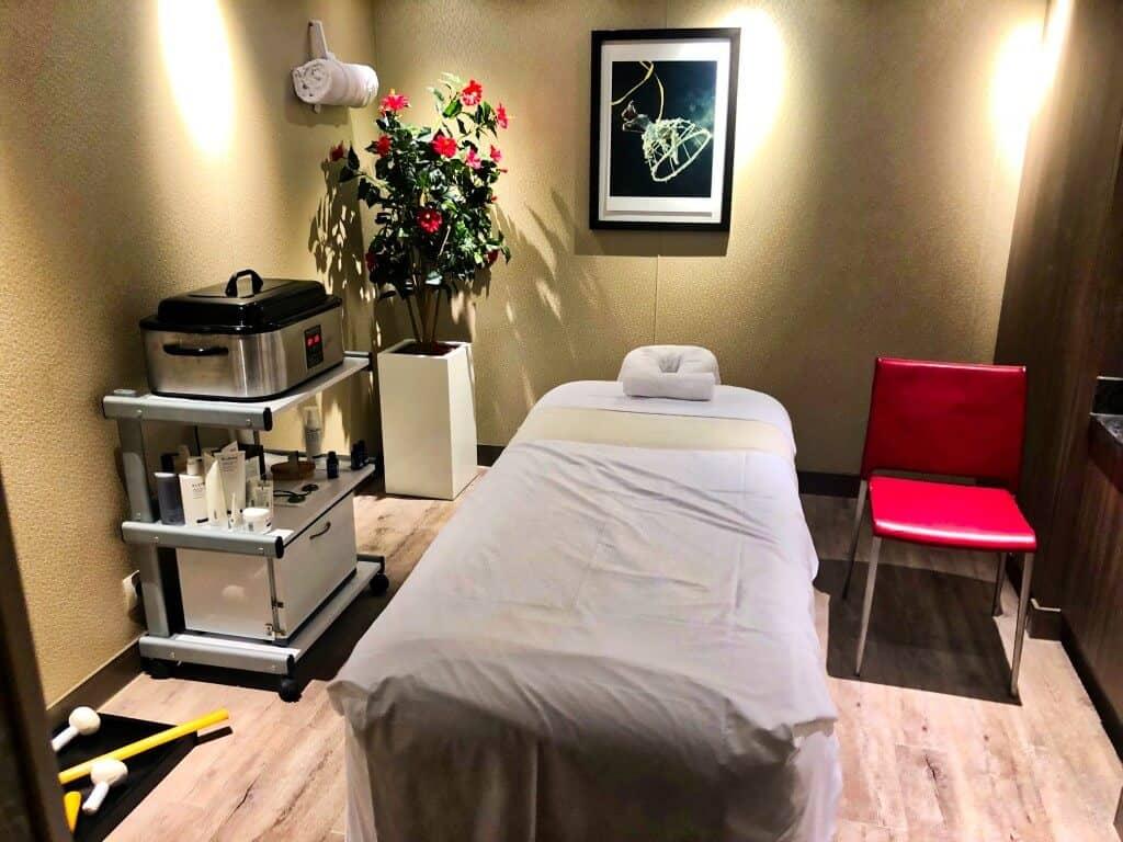 Greenhouse Spa Massage Room - Holland America MS Koningsdam