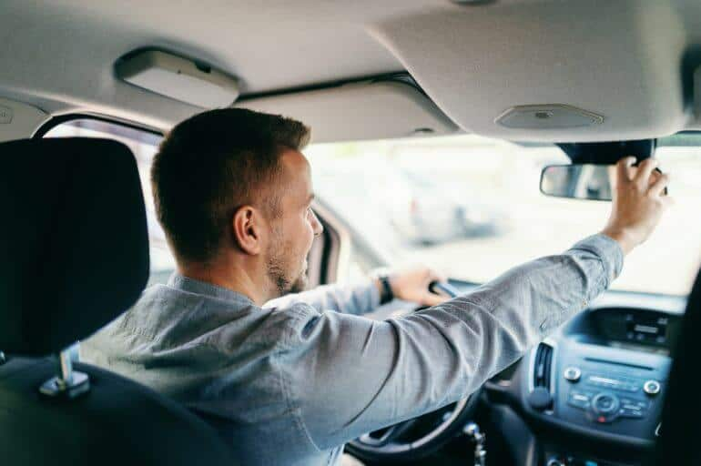 5 Ways to Become a More Responsible Driver
