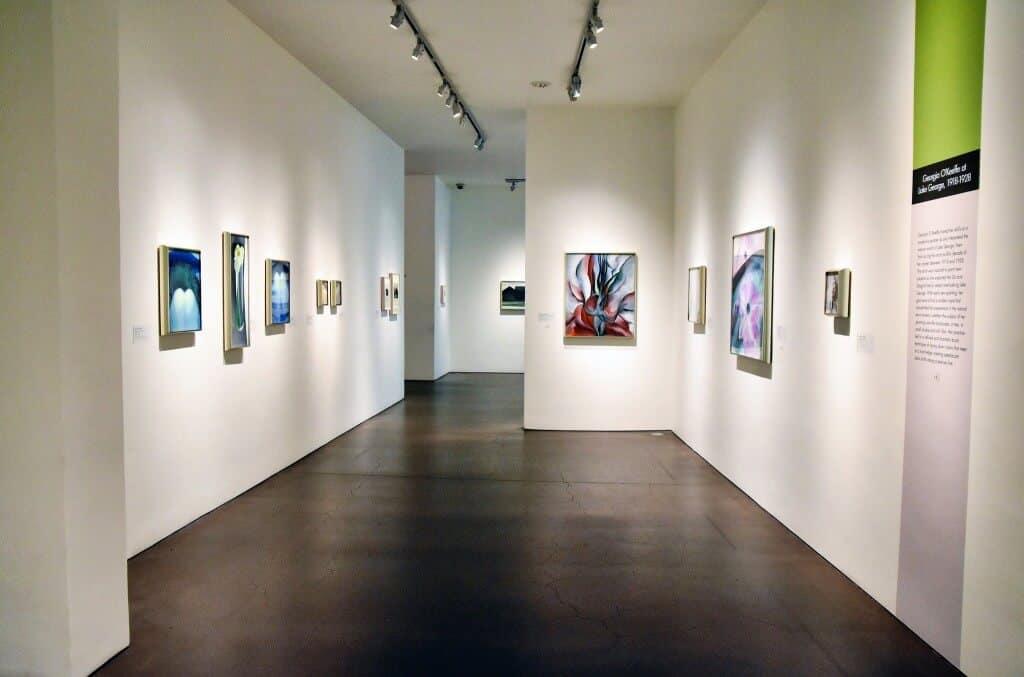 Georgia O'Keeffe Museum image Flickr Jpellgen