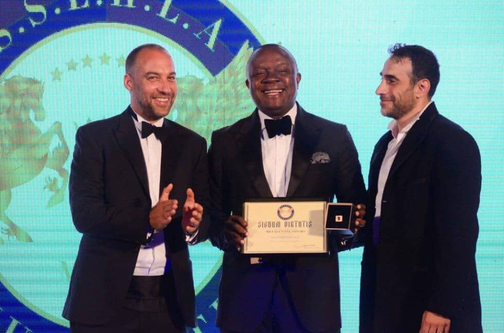 HSH Prince Massimiliano della Torre e Tasso and Khalil El-Mouelhy, Chairman,President/Founder of the Awards, presenting the Seven Stars Man of the Year award to Tony Elumelu - Chairman of Transcorp