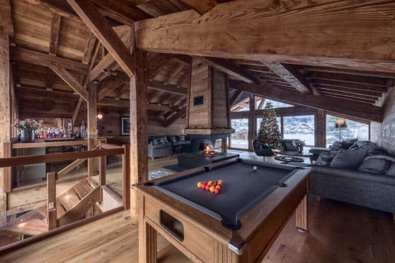 Top 10 Luxury Ski Chalets for Christmas