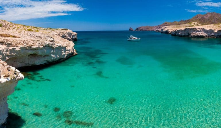 Experience A Blissful Winter Yacht Rental In Mexico