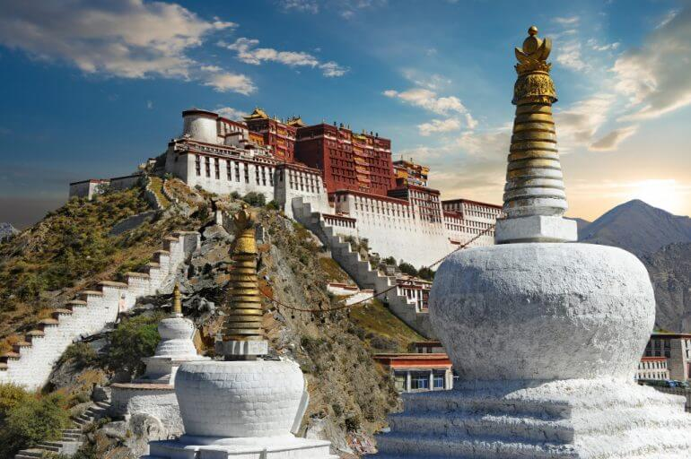 Experience the Best of Tibet with Songtsam's Boutique Properties & Wellness Activities