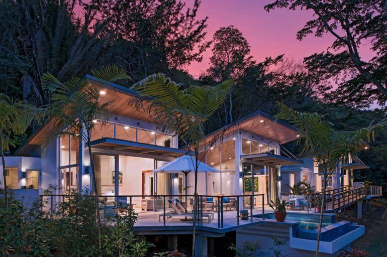 How to Plan a Luxury Vacation to Belize *ENTER TRAVEL SWEEPSTAKE*