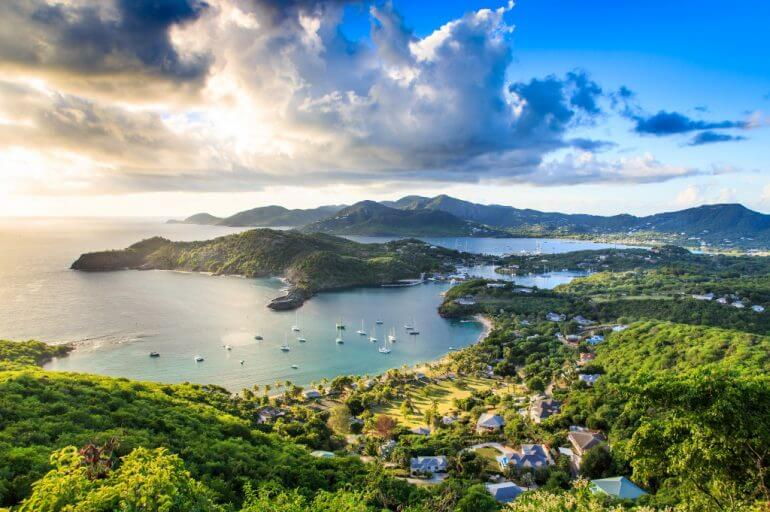 Discover the Benefits of a Caribbean Vacation with a Private Guide