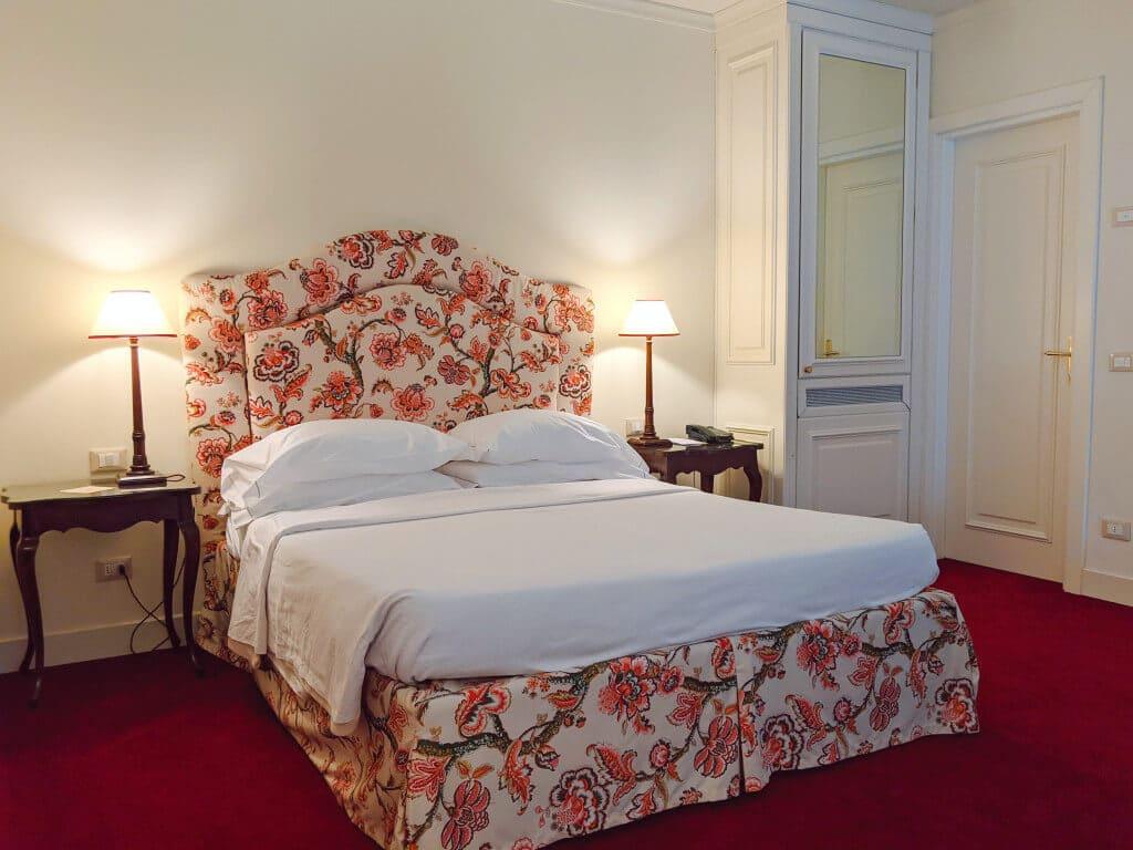 Junior Suite Duplex Queen-size Bed